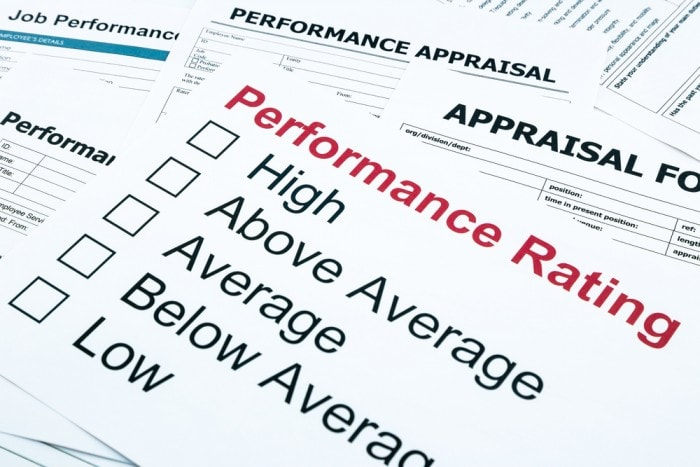 image of performance review form with ratings
