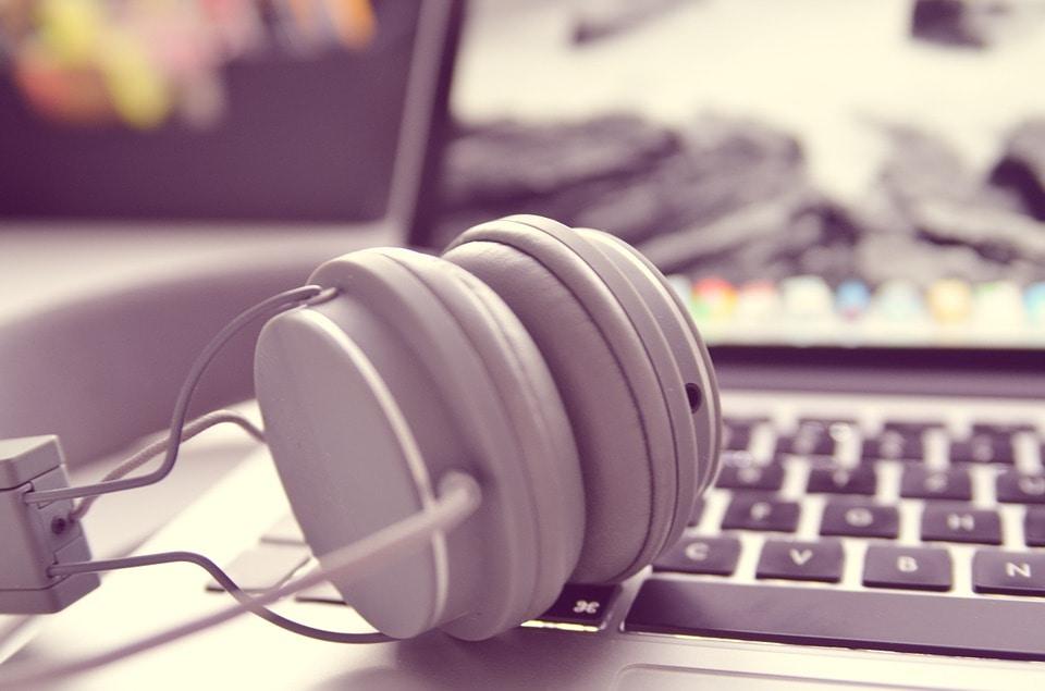 MusicHeadphones